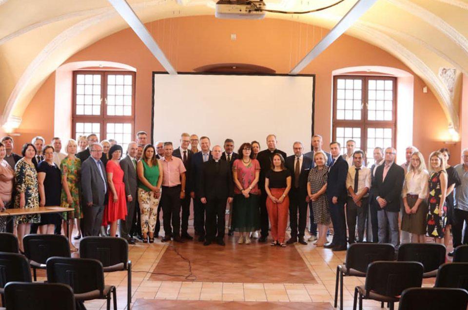 La Federación celebra su asamblea general en Lituania